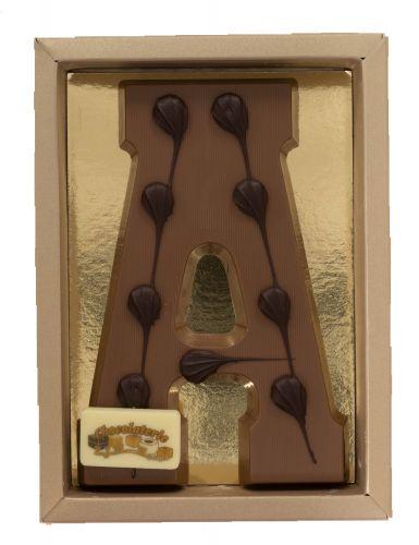 6617ASL Chocoladeletter (vorm) 200 gr melk ass rechthoek schildje