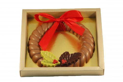 7315 Chocolade kerstkrans 250 gram in luxe goud doos